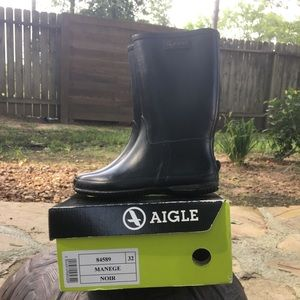 Black rain-boots for kids by Aigle